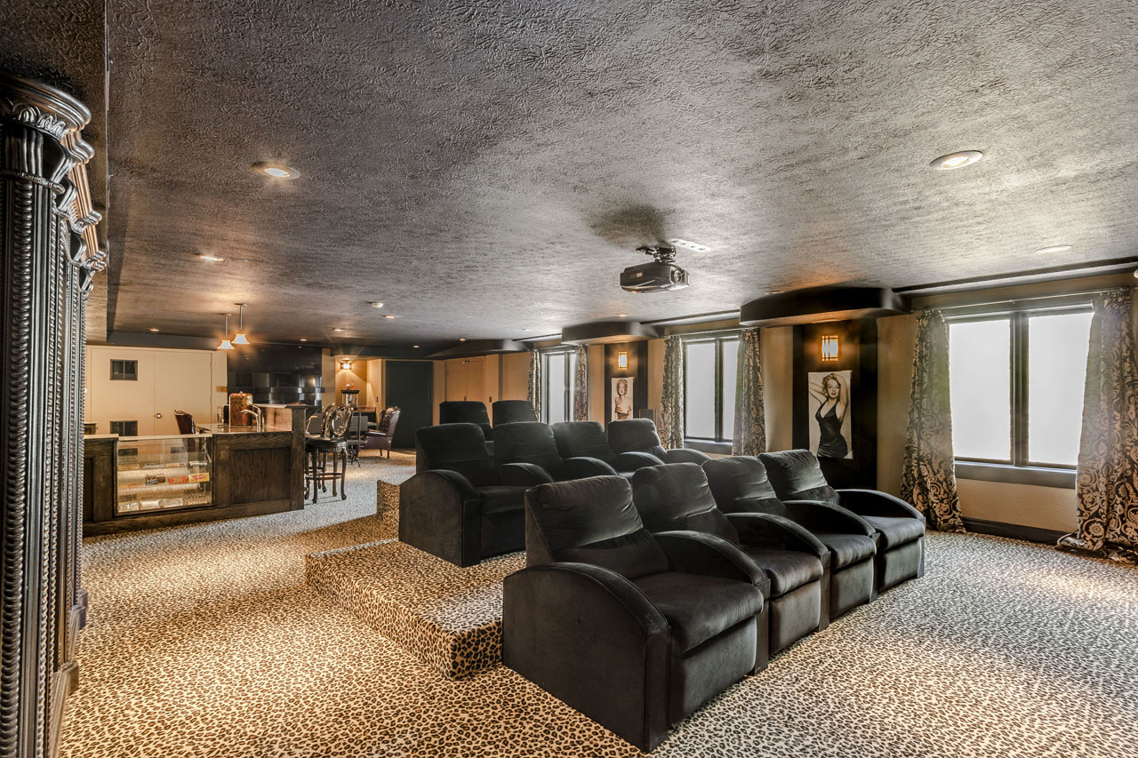 Enormous Theater room.jpg