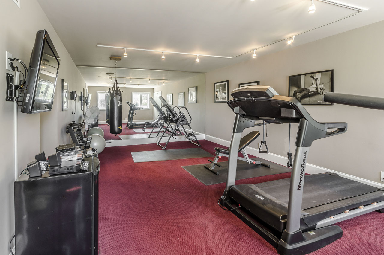 Fitness Room with full spa.jpg