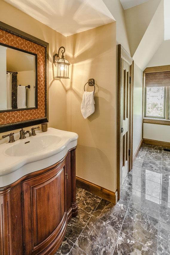 Mother-In-Law wing full bath.jpg