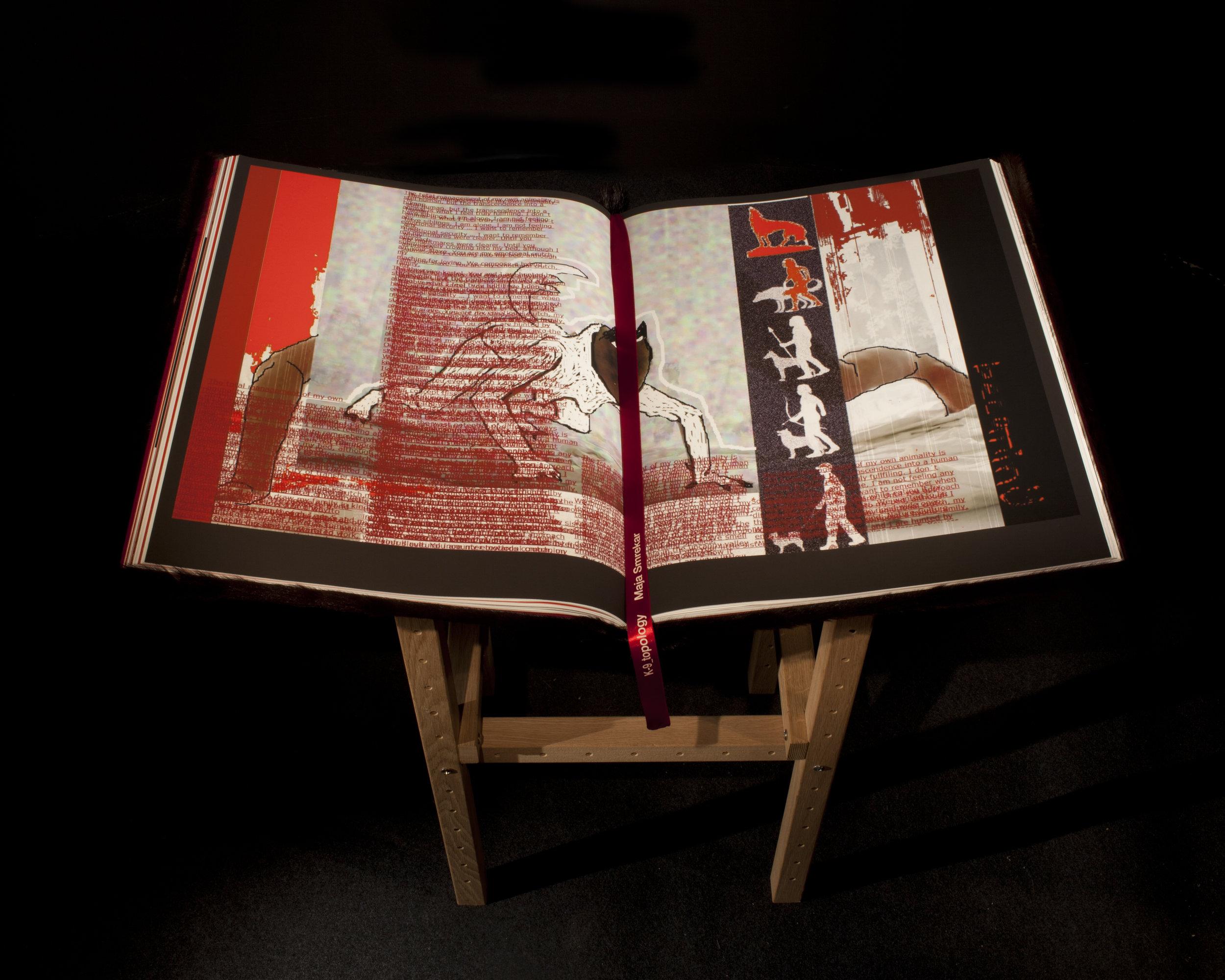 05_ARTIST BOOK.JPG