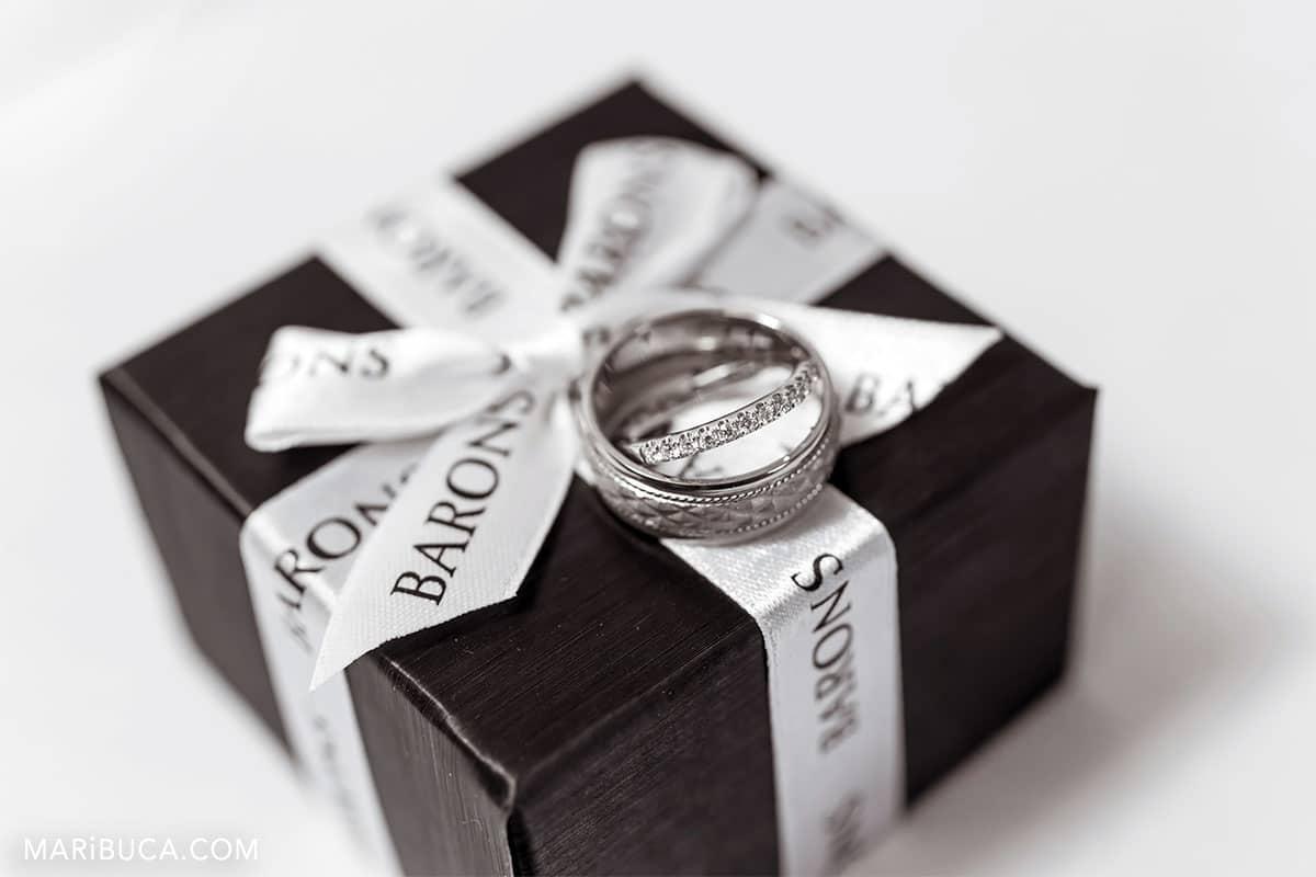 wedding rings trademark by Barons.