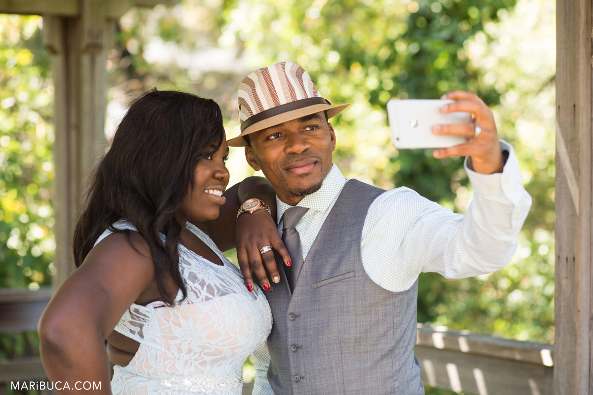 23-iphoto-anniversary-wedding-amazing-couple.jpg