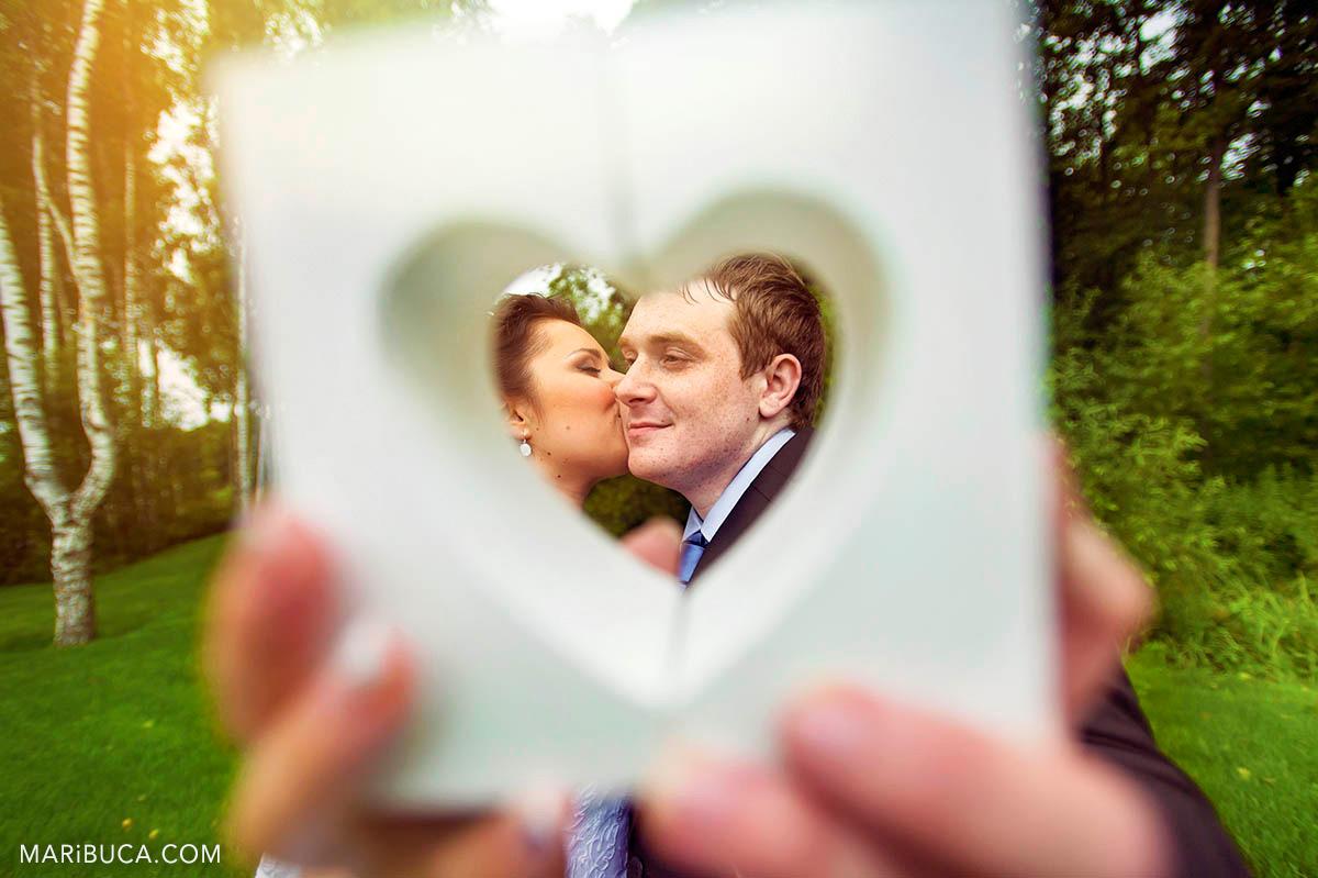 24__24-love-wedding-couple-kiss-san-jose.jpg