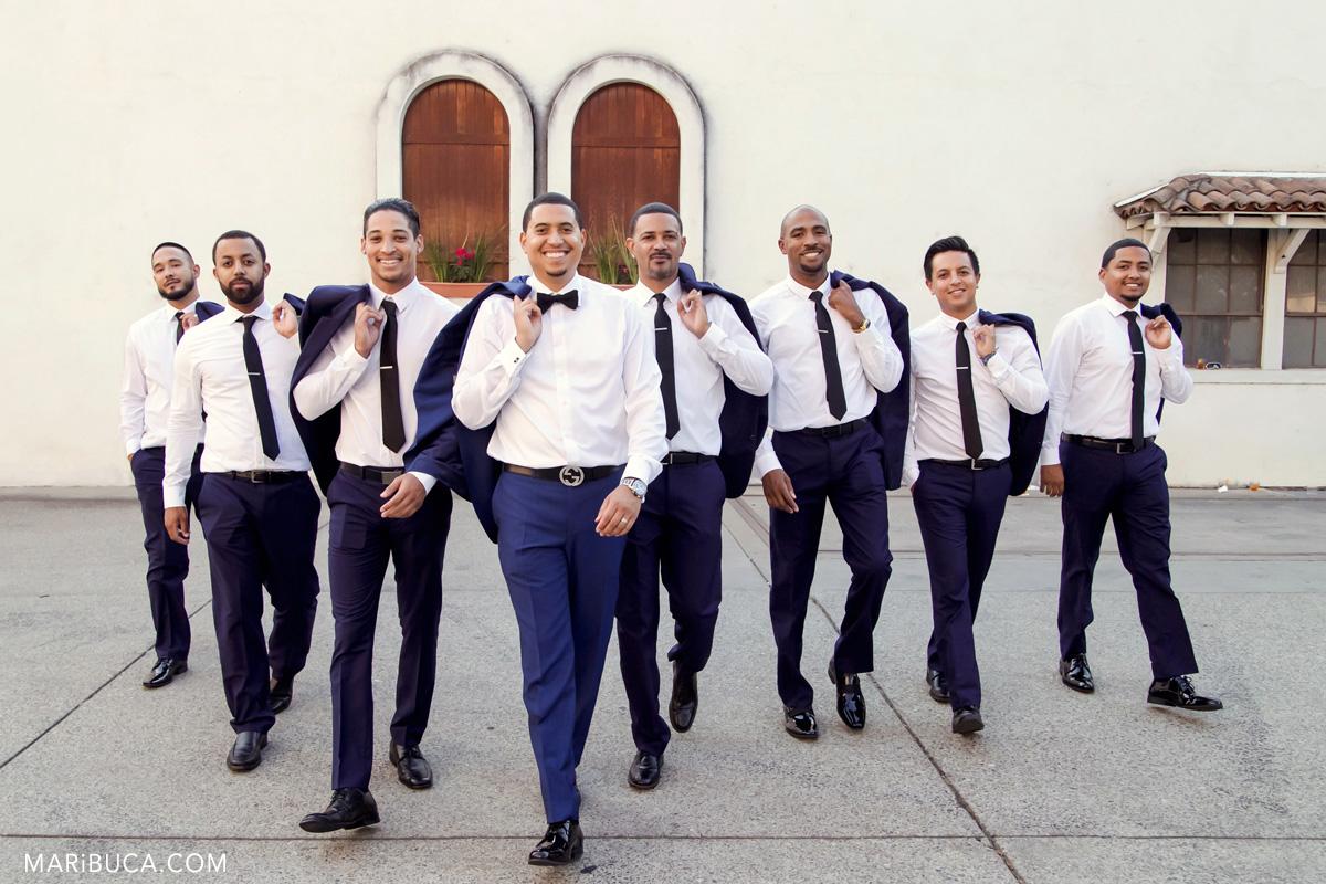 27__27-groomsmen-Wente-Vineyards-Livermore-wedding-pictures.jpg