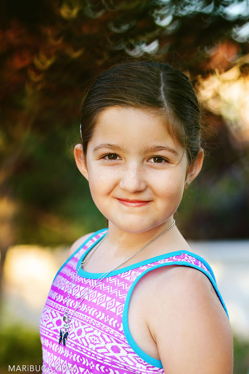 18-portrait-todler-girl-park-smile-summer-time-ca.jpg