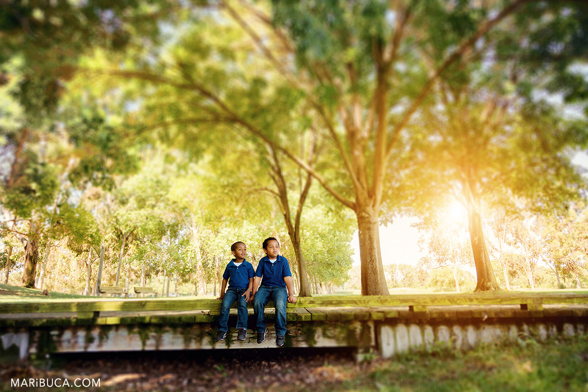 38-park-session-photographer-two-kids-sunset-time.jpg