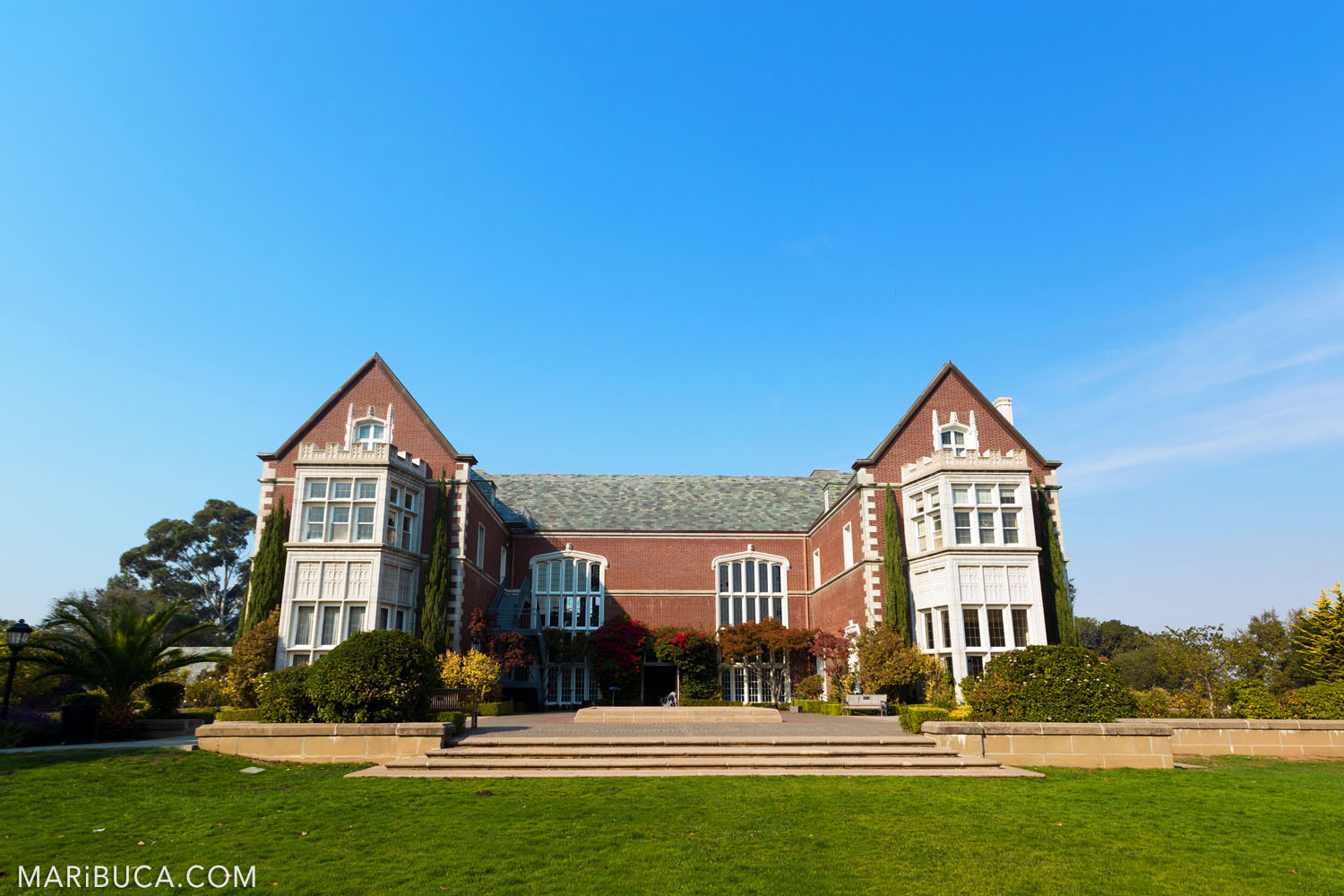 Kohl Mansion Venue Wedding is the gorgeous building and view, Burlingame.