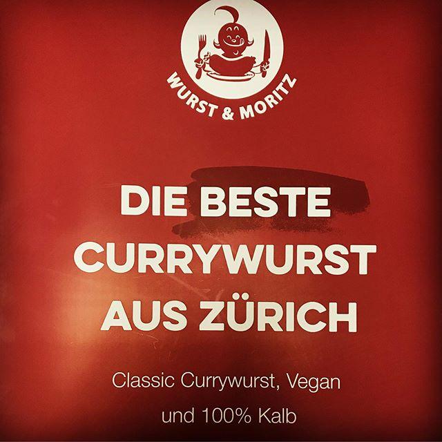 Neu an auserwählten Events erhältlich, oder buchbar für Ihren Event #catering #caterair #foodplane #foodtruck #streetfood #thegalley meets #wurstundmoritz #proud #bestcurrywurstintown #bestcurrywurst #thegalley #caterair #switzerland #zürich