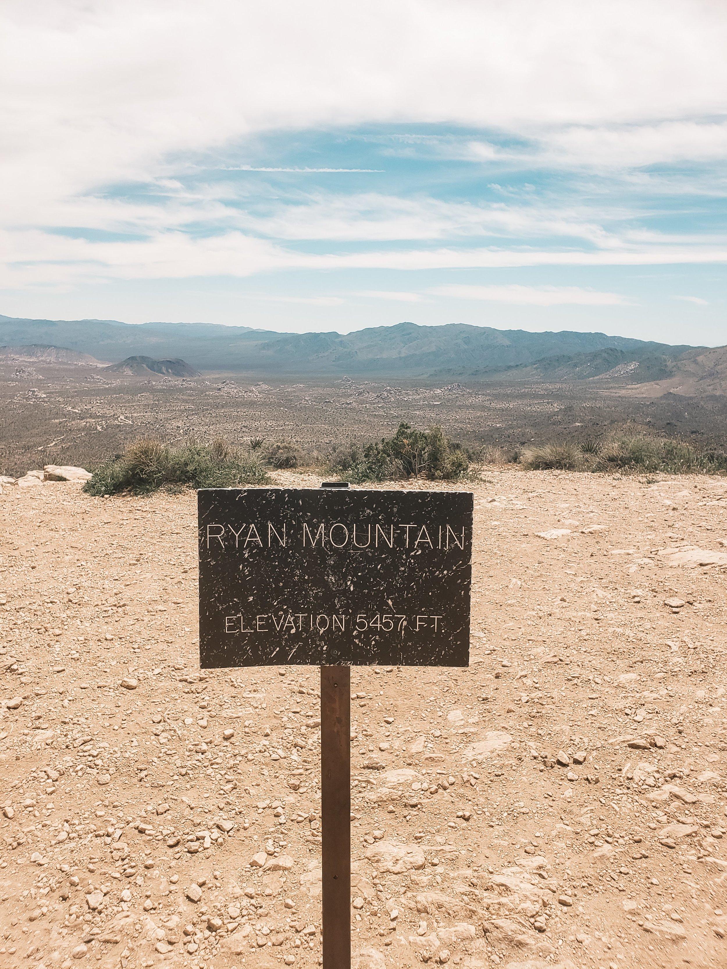 Ryan Mountain Trail - Joshua Tree National Park