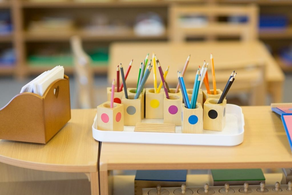 What You'll See in a Great Montessori School - By Julia VolkmanSo, you're considering a Montessori school. Maybe you've read about the growing evidence that supports the long-term benefits of Montessori education….