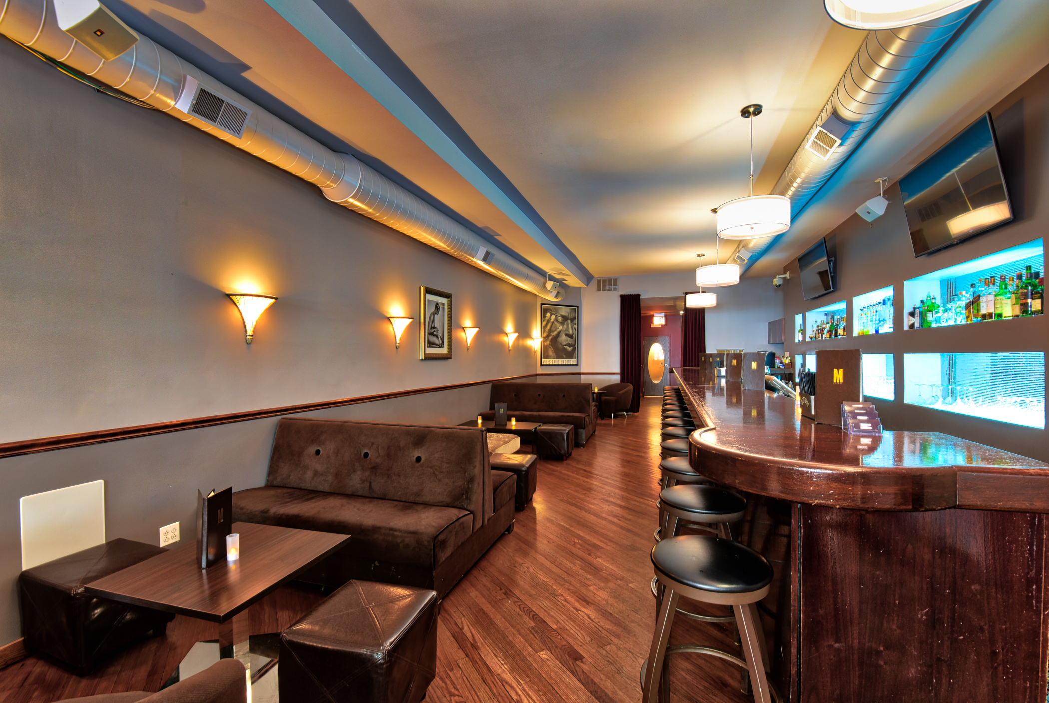 M Lounge-6.jpg