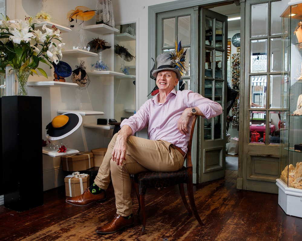 NEIL GRIGG - 40 WILLIAM STREETRenowned for his beautiful hand-made flowers, enchanting feather-work, and an endless imagination, Neil's headpieces bring a particular individual style for each client.