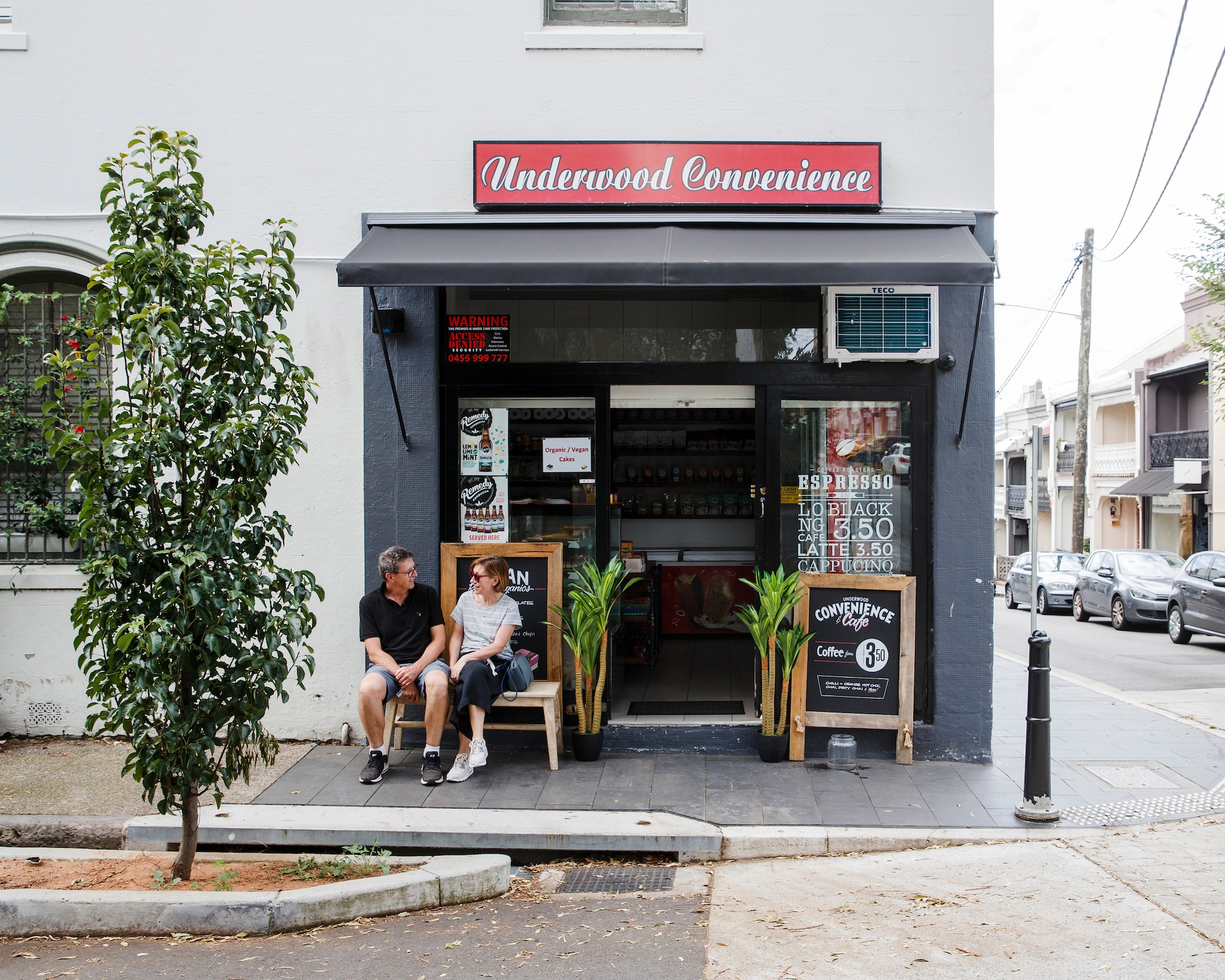 UNDERWOOD CAFE & CONVENIENCE - 83 UNDERWOOD STREET