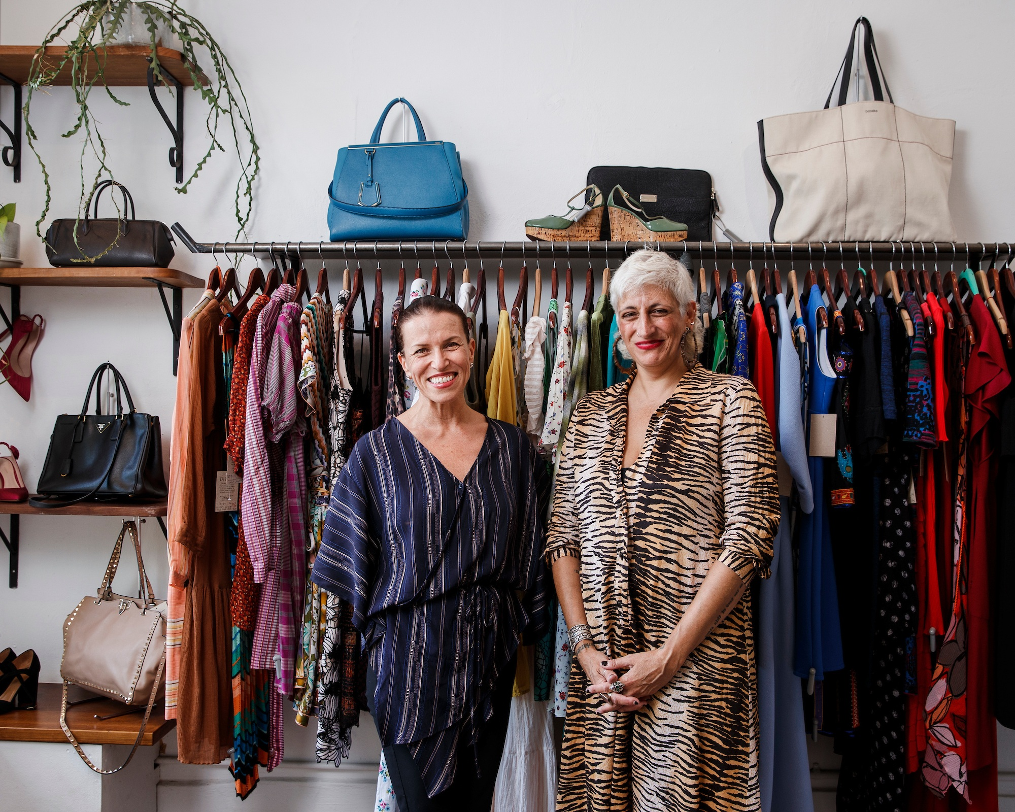 DI NUOVO - 92 WILLIAM STREETThe ideal destination shop for upscale, designer recycled fashion. Featuring a range of ladies clothing and accessories in mint condition with imported and top local high end labels.