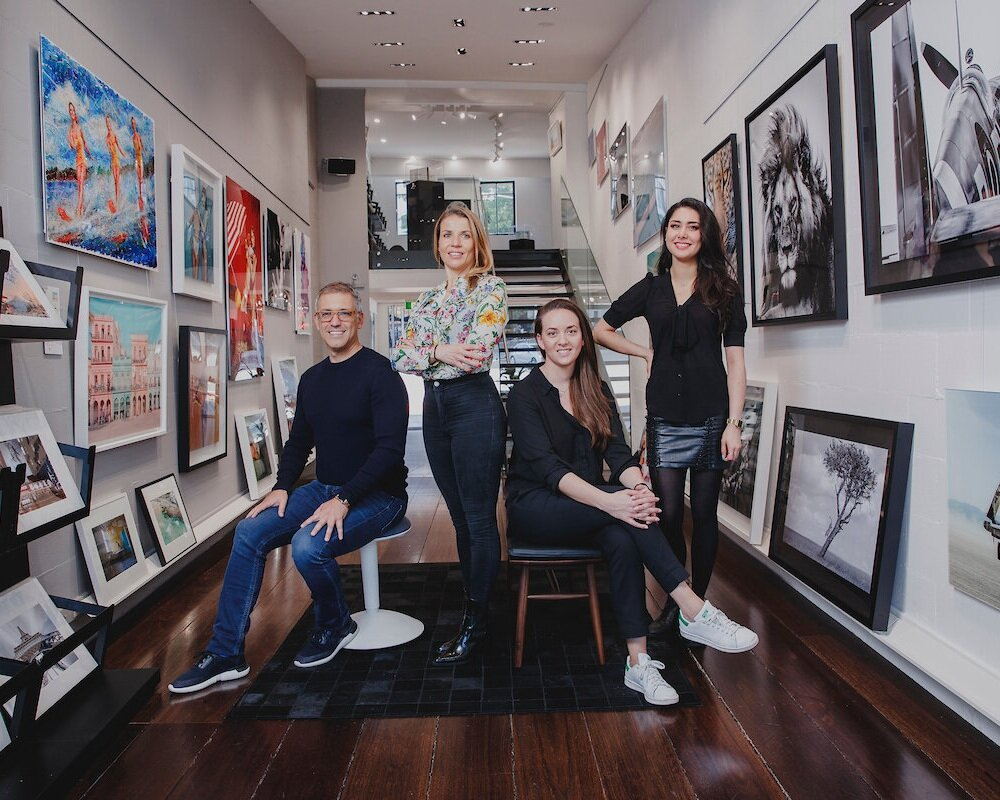 blinq art - 84 OXFORD STREETblinq.art will help you discover and fall in love with those special moments where light meets with the eye and the heart. Artworks with feeling. Each print from our cutting-edge artists is crafted in Australia and is individually numbered.