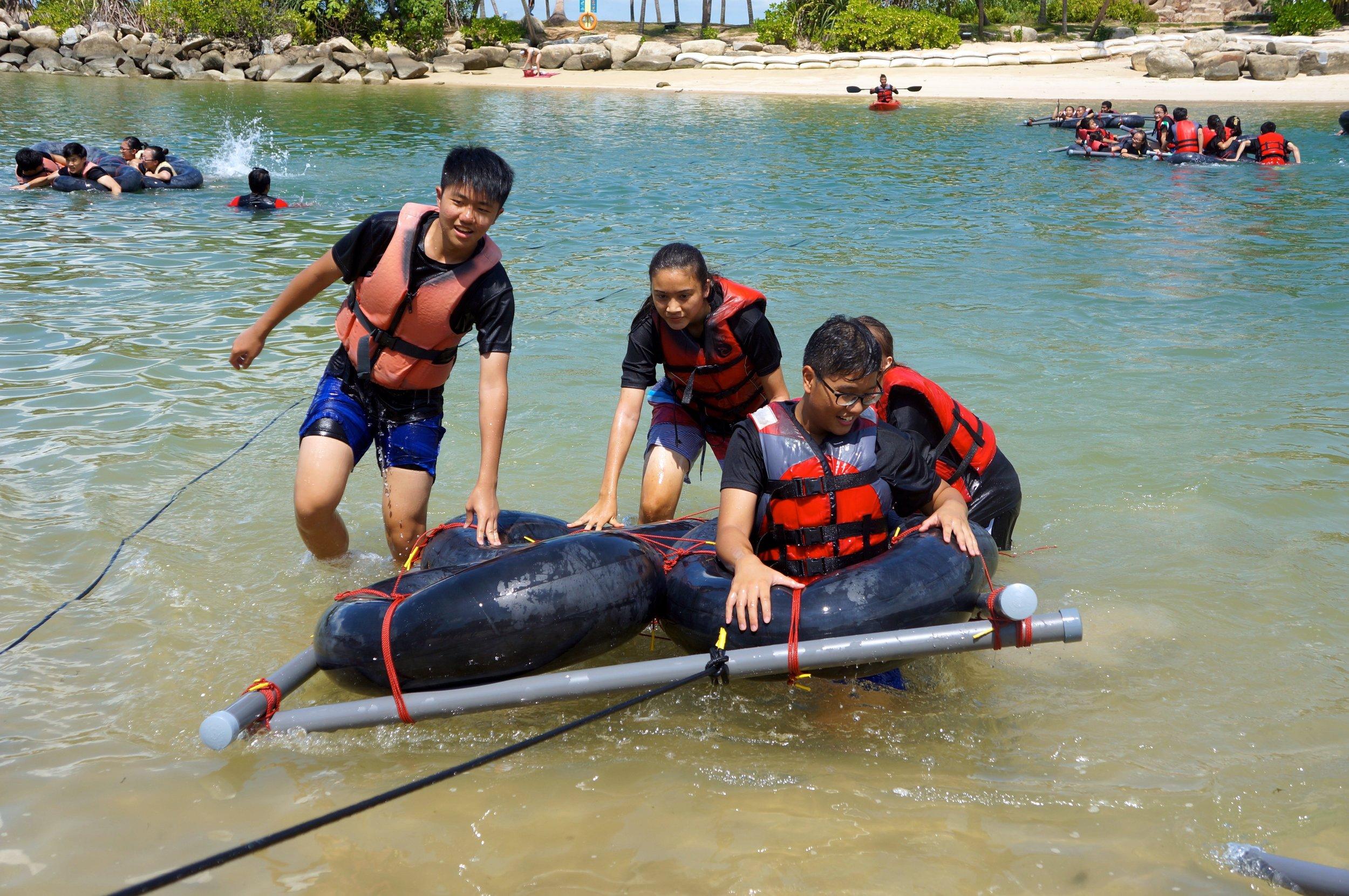 Fun_Activities_Rafting.jpg