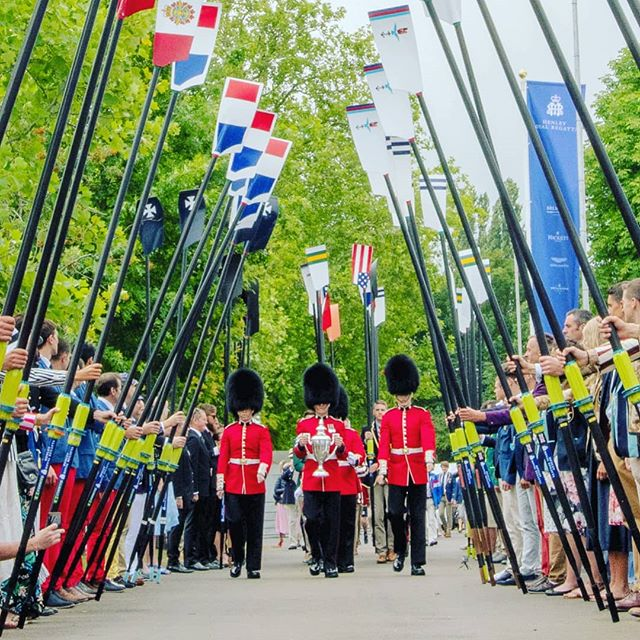 Make way for The King's Cup 🏆  The King's Cup carried into @henleyroyalregatta by the @coldstream_guards in preparation for today's final. 🇩🇪 vs 🇺🇸 Watch LIVE via www.hrr.co.uk 👀  #TheKingsCup #FittestAndFinest #OarsomeTogether @bundeswehr @navyrowing @navyathletics #final #finalsday #Rowing #inhonour #wewillrememberthem