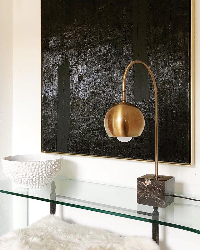 Glam vibes! #interiordesign #interiordesigner #glam #midcentury #mcm #midcenturymodern #brass