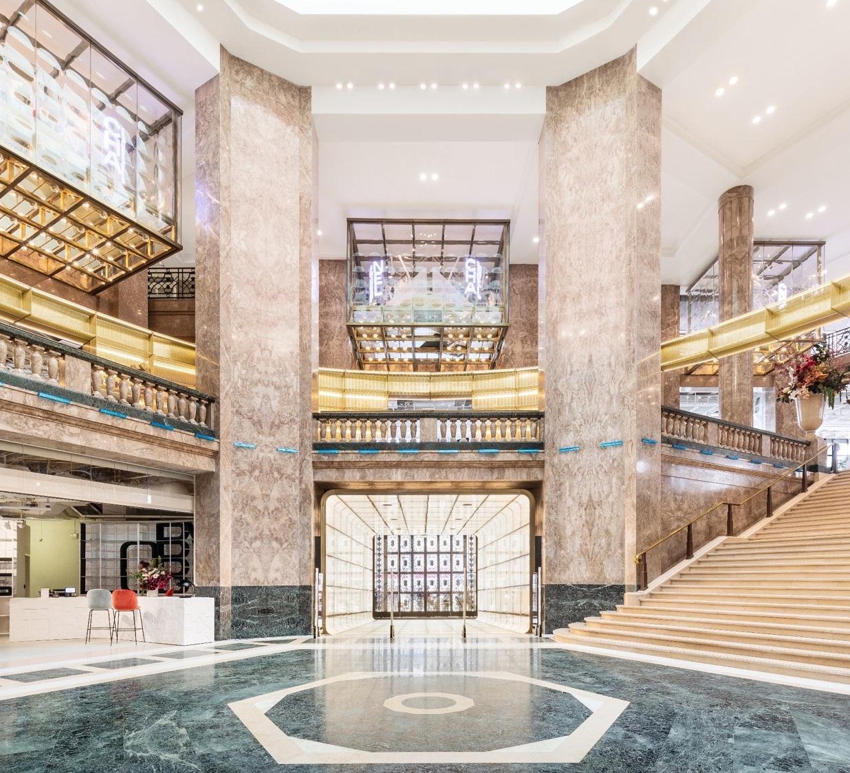 Galeries Lafayette Champs-Elysées, réalisation de l'architecte danois Bjarke Ingels et son cabinet BIG, 2019 (c) Delfino Sisto Legnani e Marco Cappelletti
