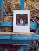 Met ruim 80 bezoekers kan de opening van de foto-expositie van Harry Cock en Marieke Kijk in de Vegte, 7 september op Landgoed Verhildersum in Leens, op zijn minst geslaagd worden genoemd.  Lees meer op   www.boerderijinbeeld.nl