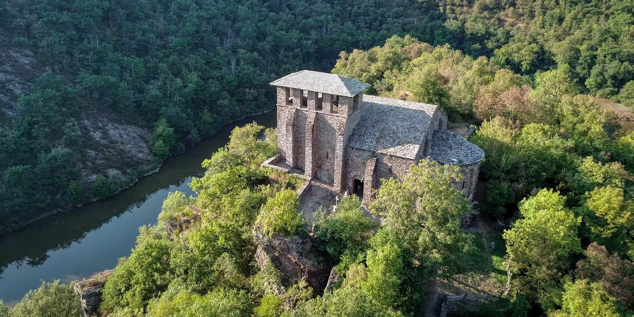Chapelle de Las Planques, just a short hike from our location