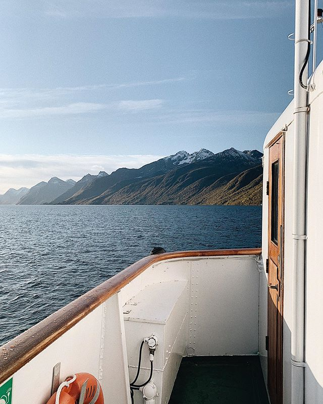 Hjørundfjorden med MS Bruvik ⚓️ _____________________________________________________ #bruvik #msbruvik #cruiseservice #cruiseserviceas #sunnmøre #sunnmore #alesund #visitalesund #hjørundfjorden #hjorundfjorden #nature #fjords #fjord #norwegianfjord #fjordsofnorway #beautifulnorwegiannature