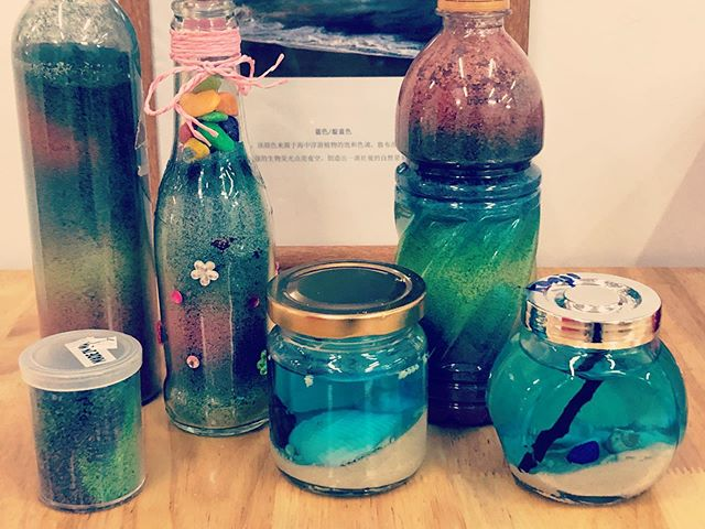 Captured rainbows and the ocean in recycled bottles!😍 #earlychildhoodeducation #maplebearwestcoast #natureplay