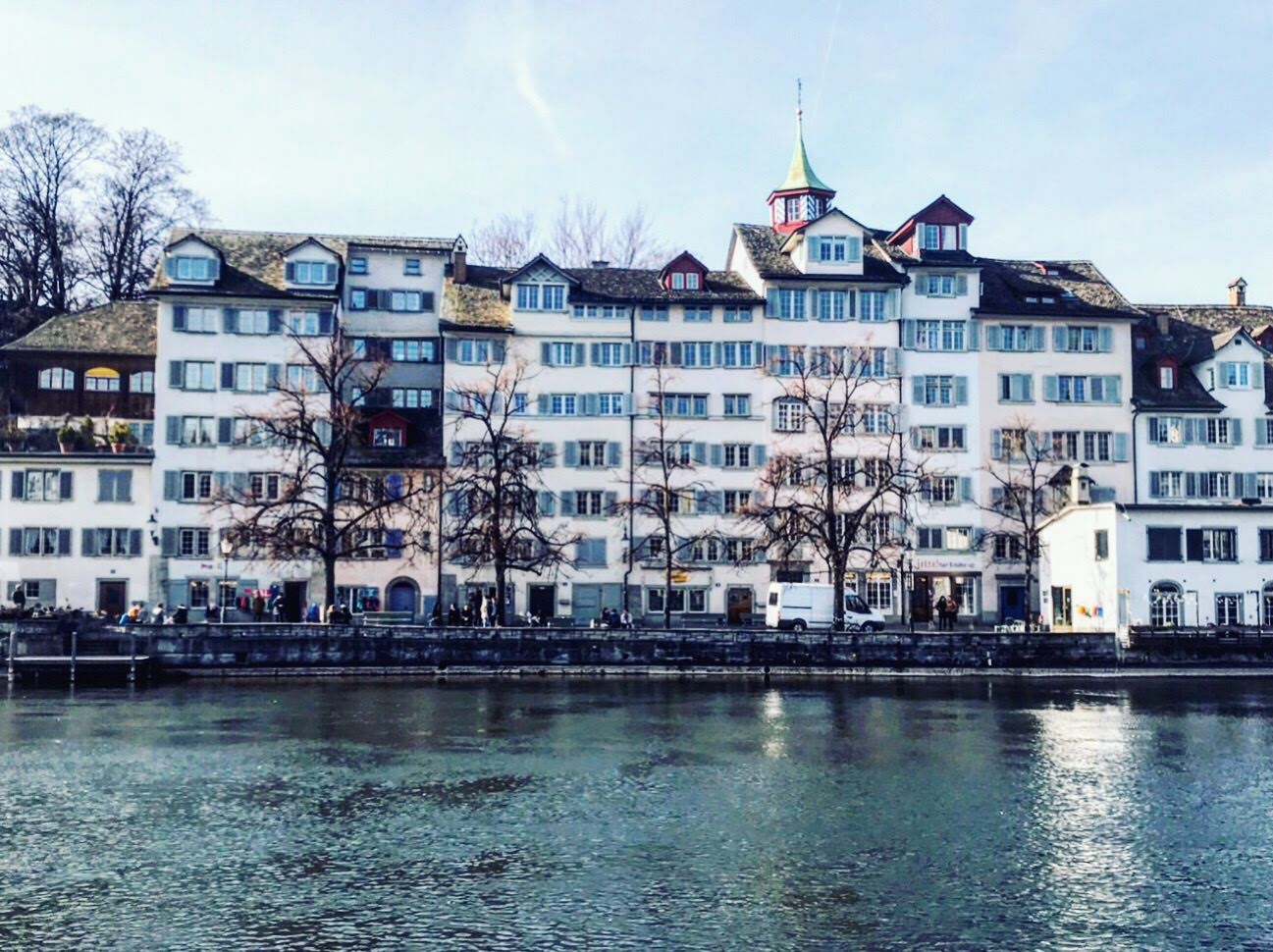 Spring on the Limmat in Zurich.jpg
