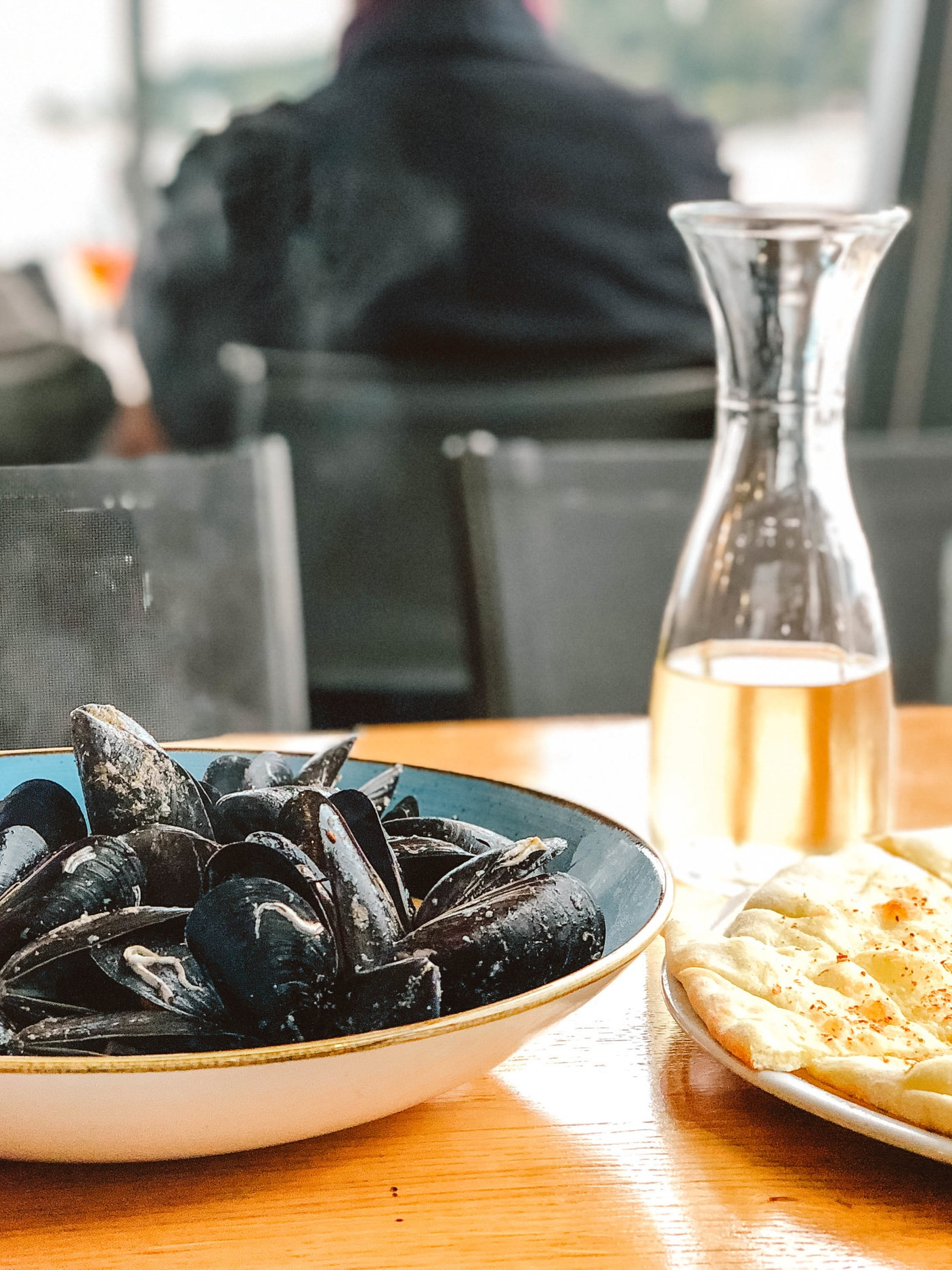 Mussels, pizza bread and wine at Maestral, Rovinj, Istria, Croatia