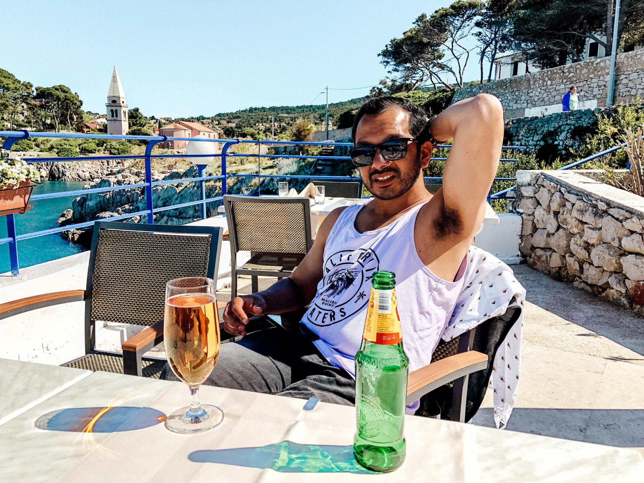 Drinks overlooking Veli Lôsinj, Croatia
