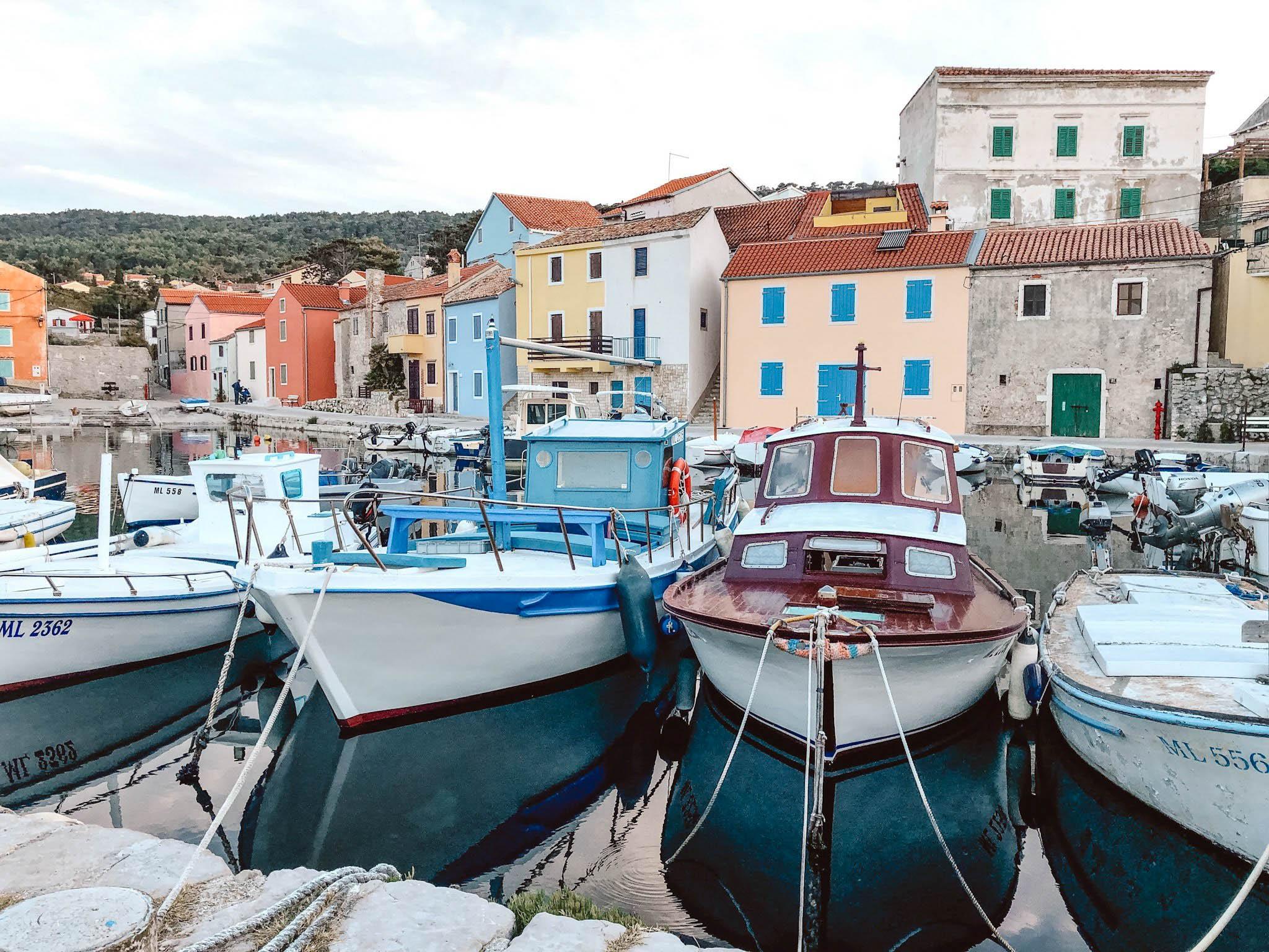 Boats in the harbor of Veli Lôsinj, Croatia