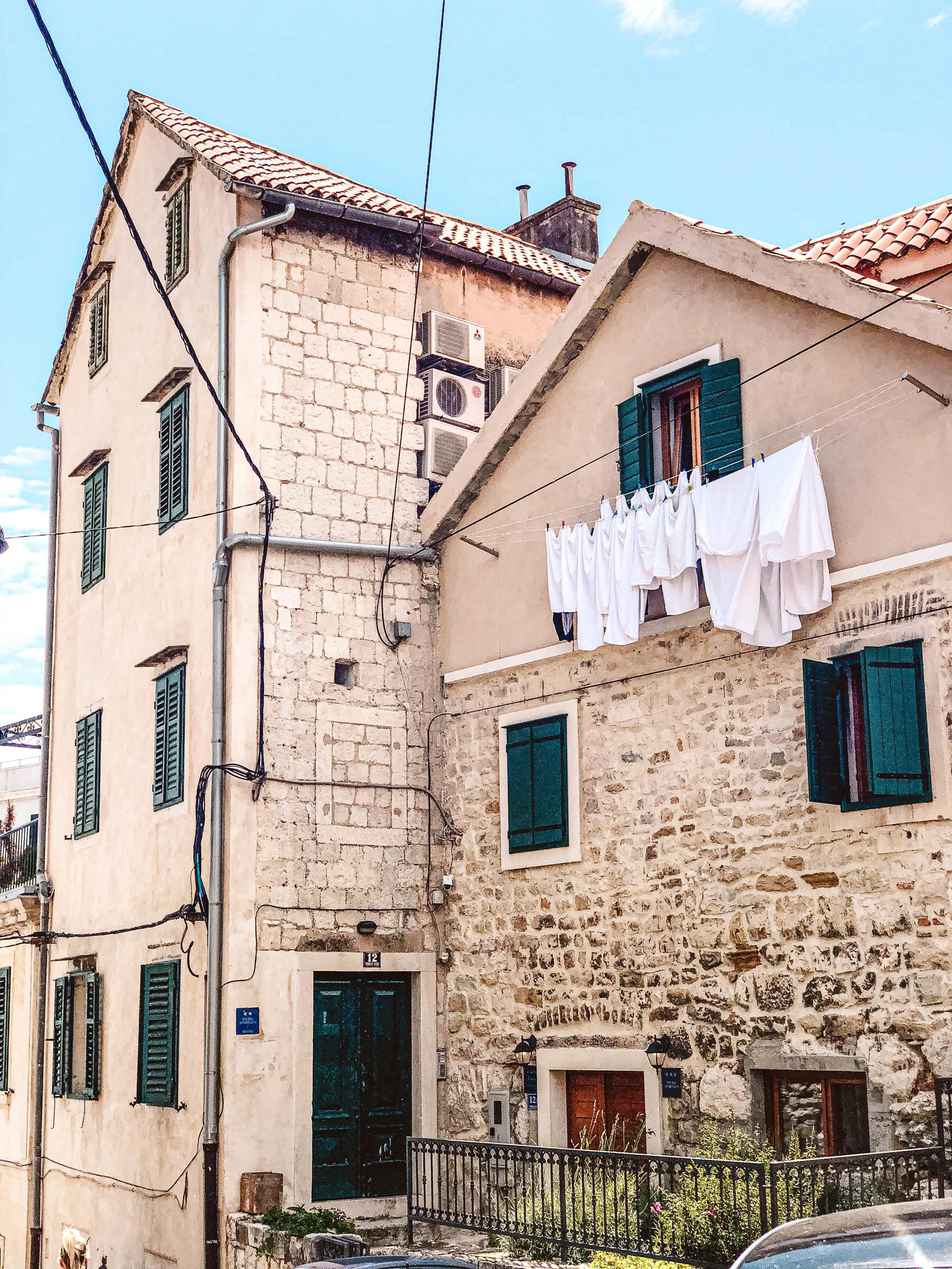 Split laundry.jpg
