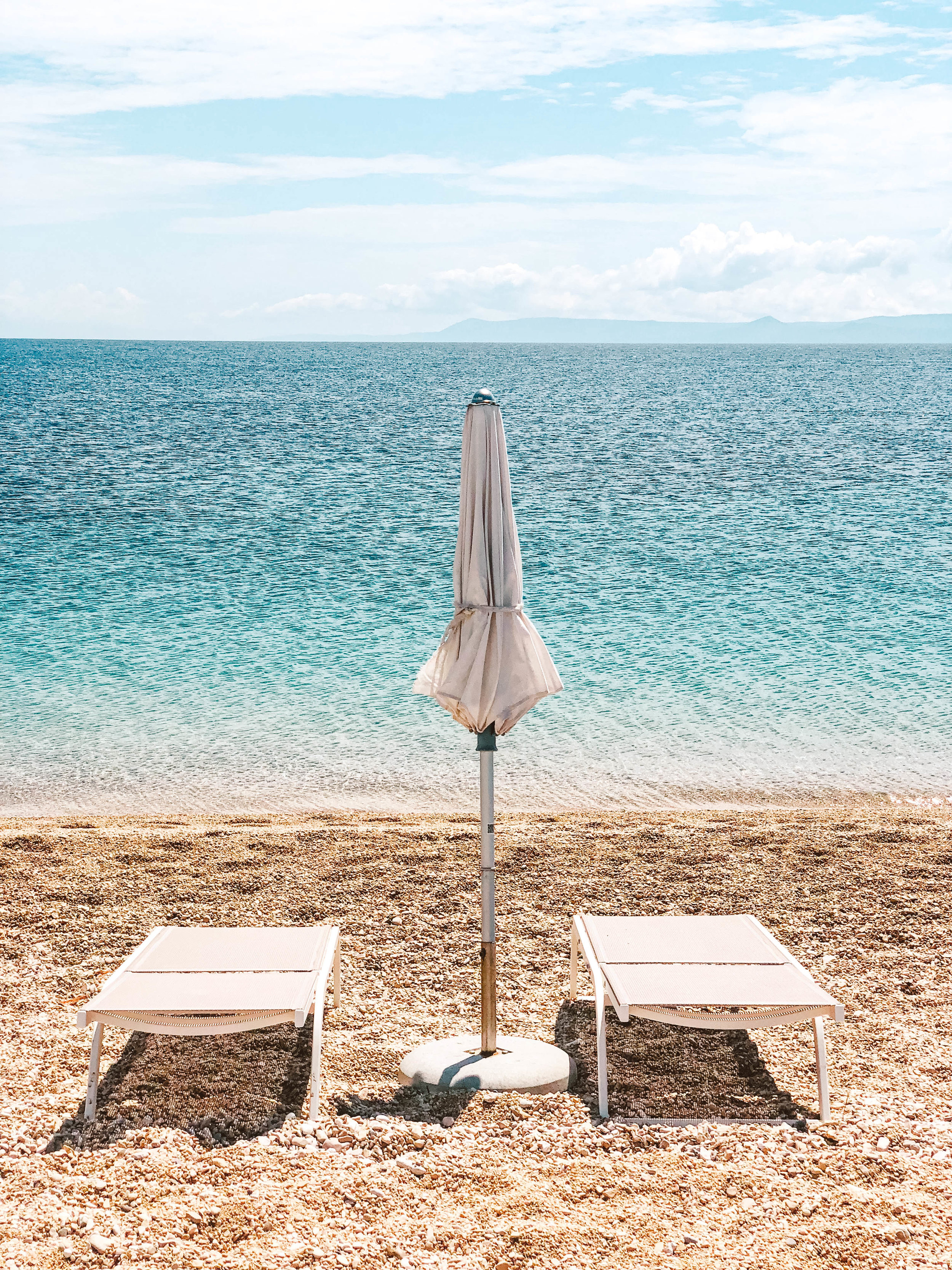 Zlatni beach chair.jpg