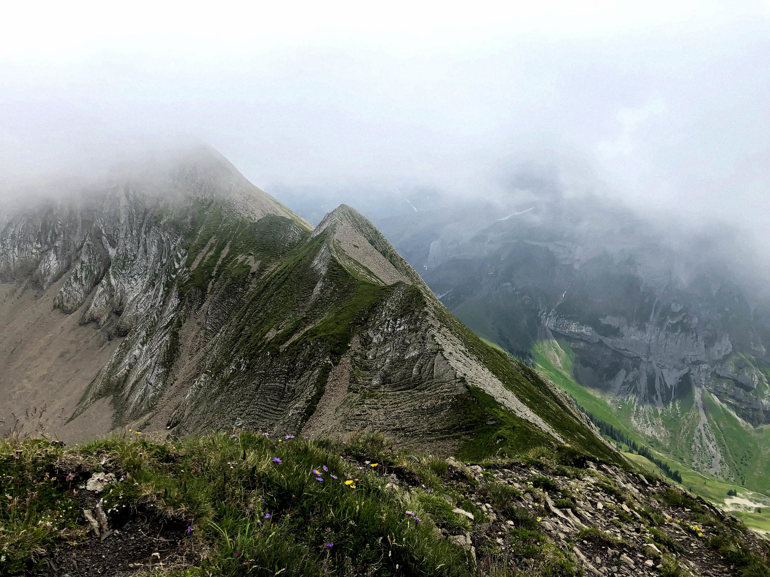 Hike up to Brisen Peak Nidwalden