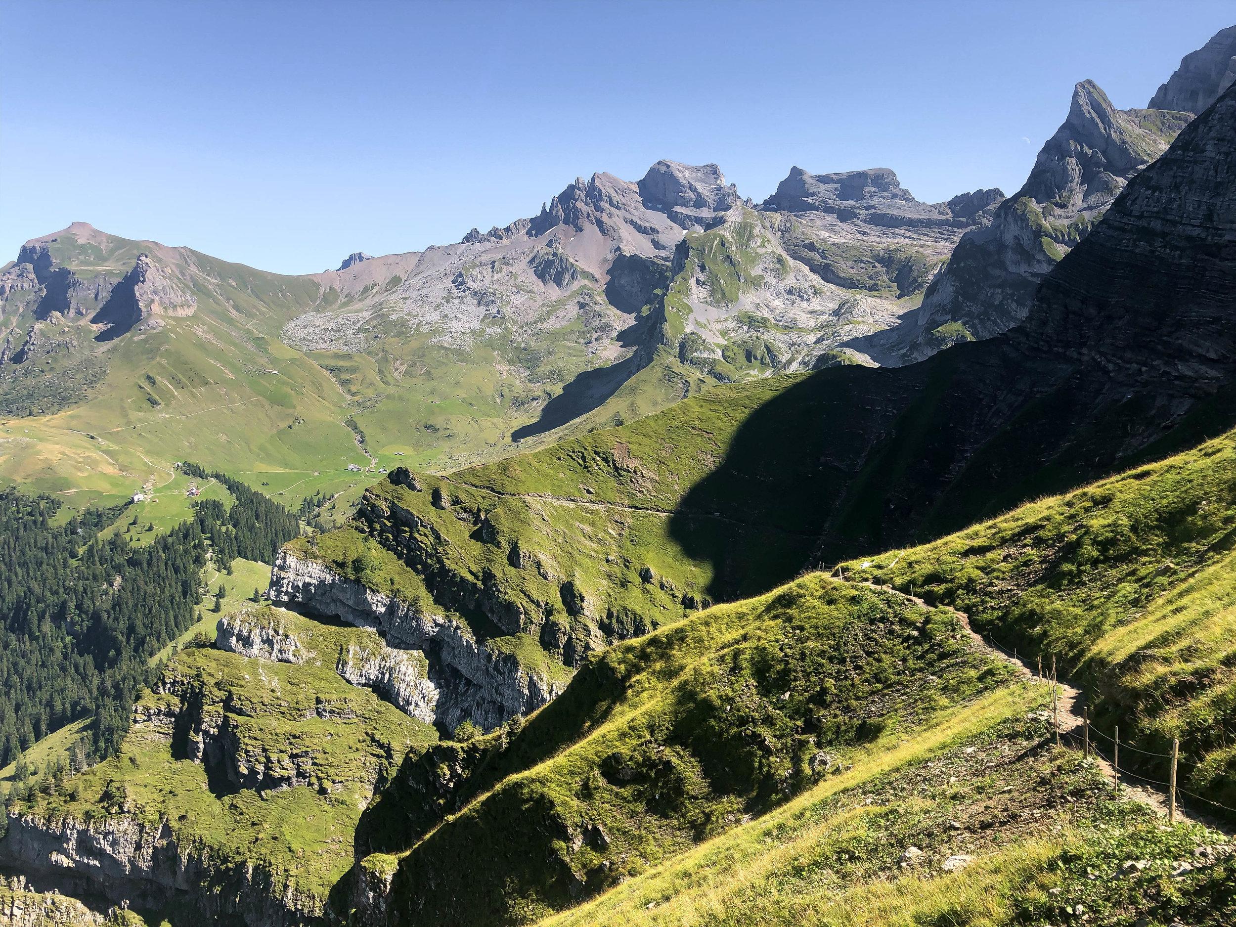 Walenpfad steep drop off trail.jpg