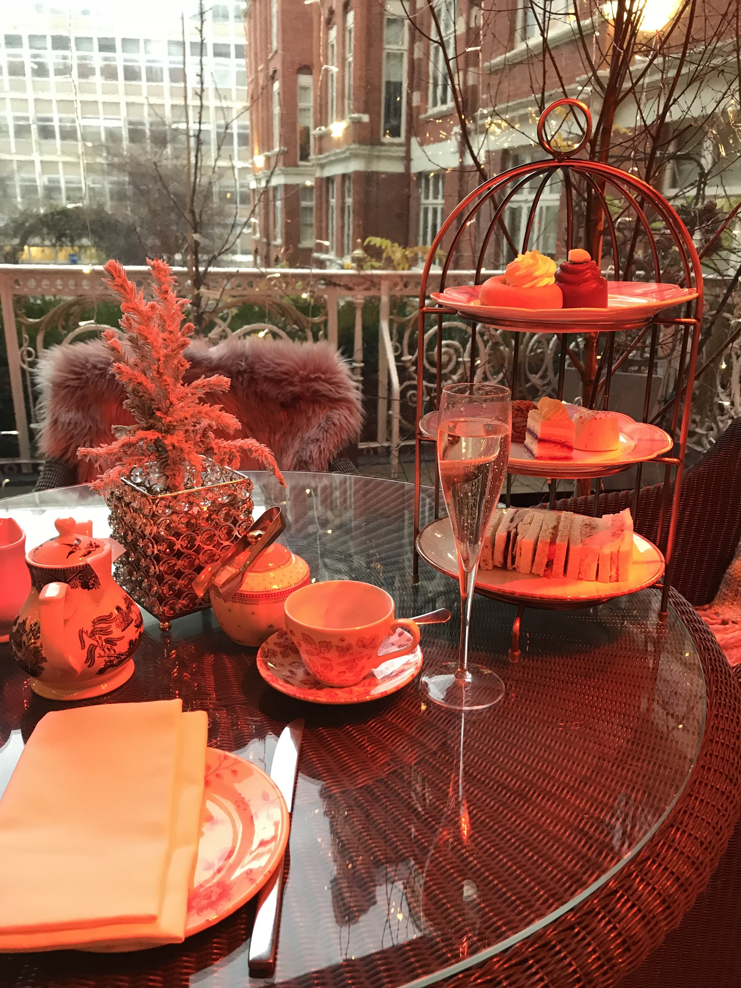 London - afternoon tea.jpg