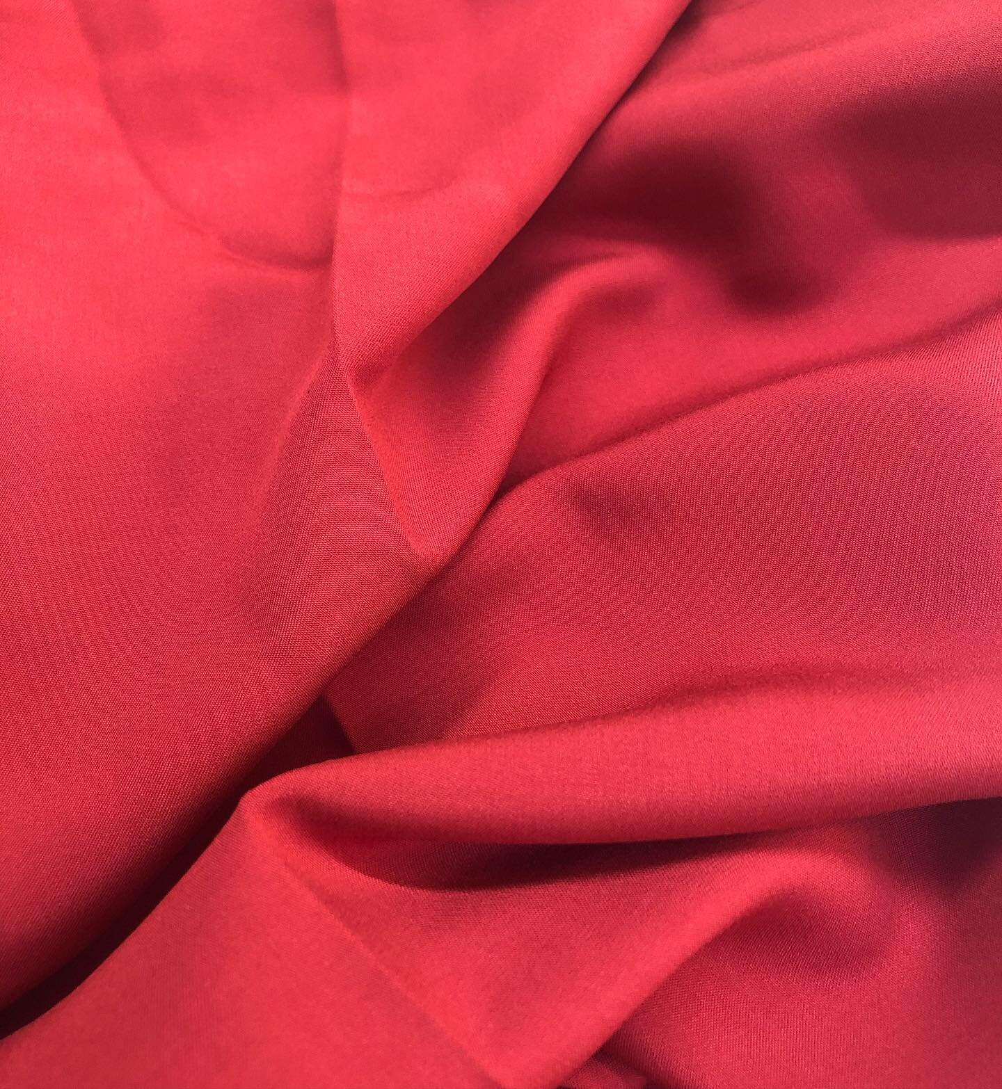 100% Bamboo Silk - Click here to find out how Rose's Wardrobe chooses its fabrics