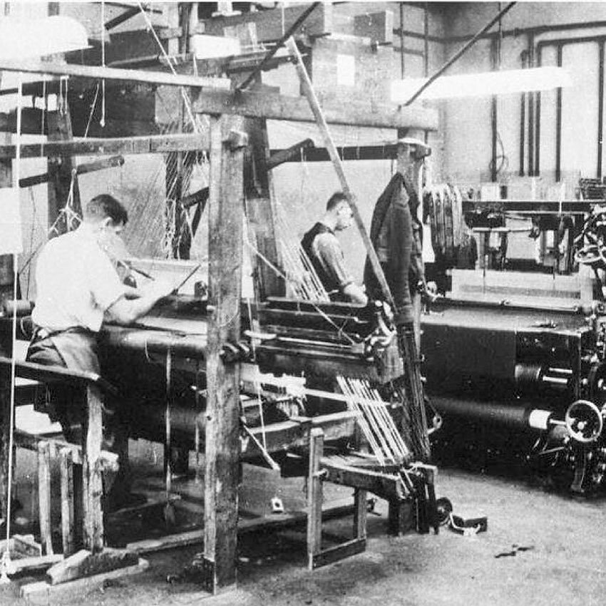 Mill workers in 19th century