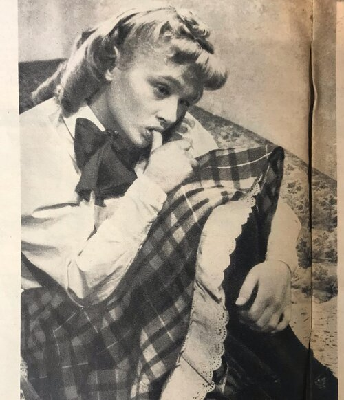 ✨ Emma's knack for collecting vintage magazines means we're never short of fashion inspiration! ✨  It's been more than 70 years since these magazines were produced but checks will always be in style for Autumn! We've introduced lots of vintage checked fabrics to the wardrobe this season which are perfect for skirts, waistcoats and trousers 🧵🧶  Head to our link in bio to shop the new collection! 🍂
