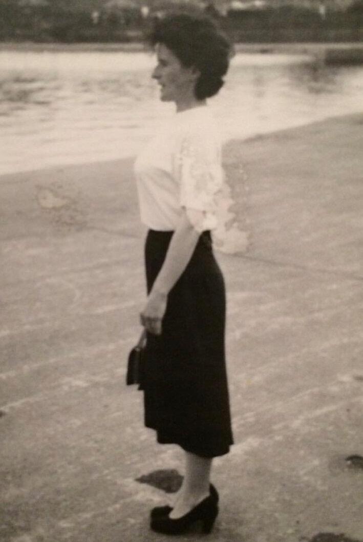 ROSIE+REPRODUCTION+VINTAGE+1940'S+SKIRT+CHECK+INSPIRATION.jpg