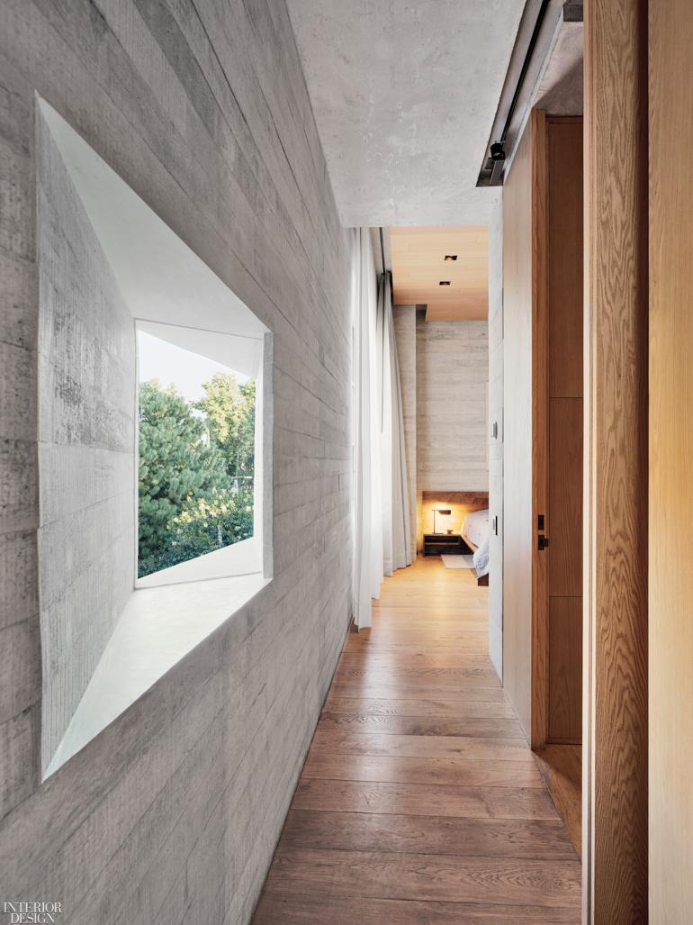 master suite hallway.jpg