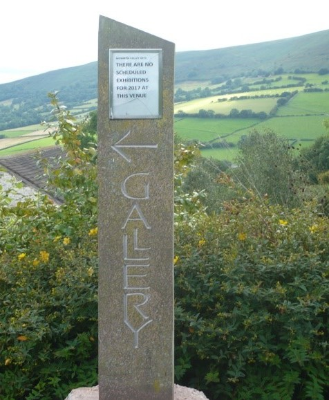 Richard Kindersley, Gallery house sign 2007, Herefordshire Sandstone with inset
