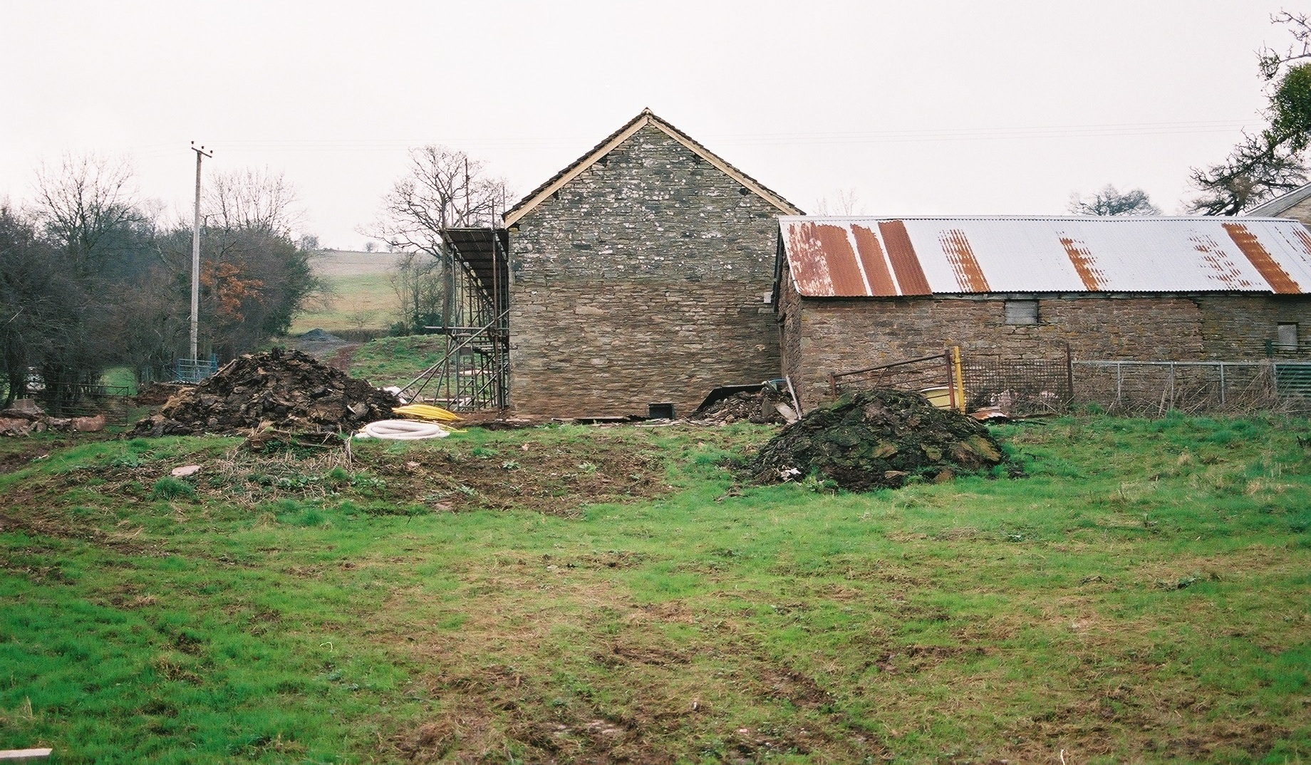 Starting the restoration of the barn (2004)