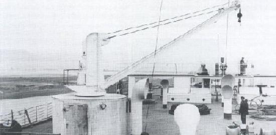 TitanicCrane