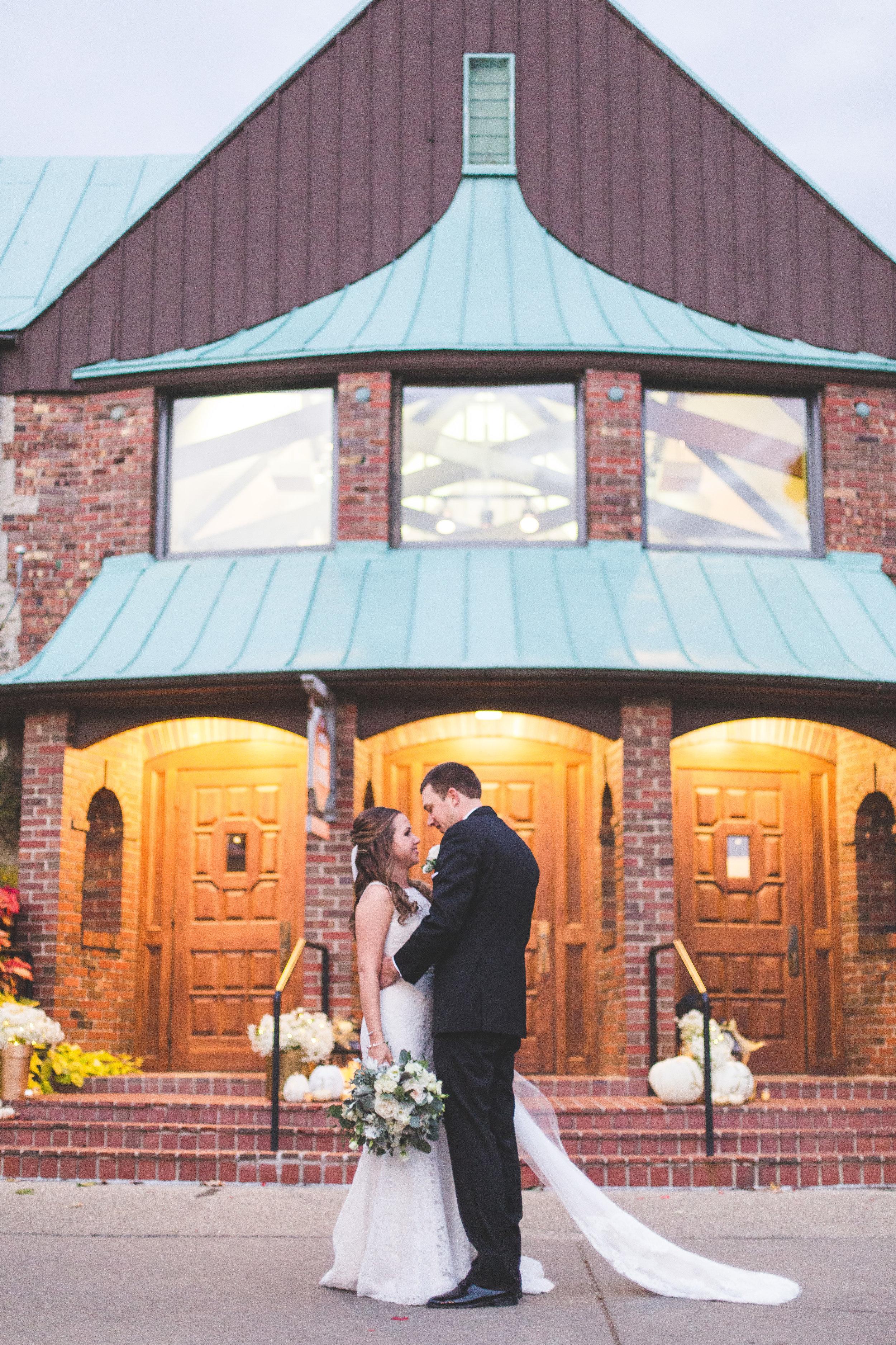 bride and groom portrait wedding day OSU golf course