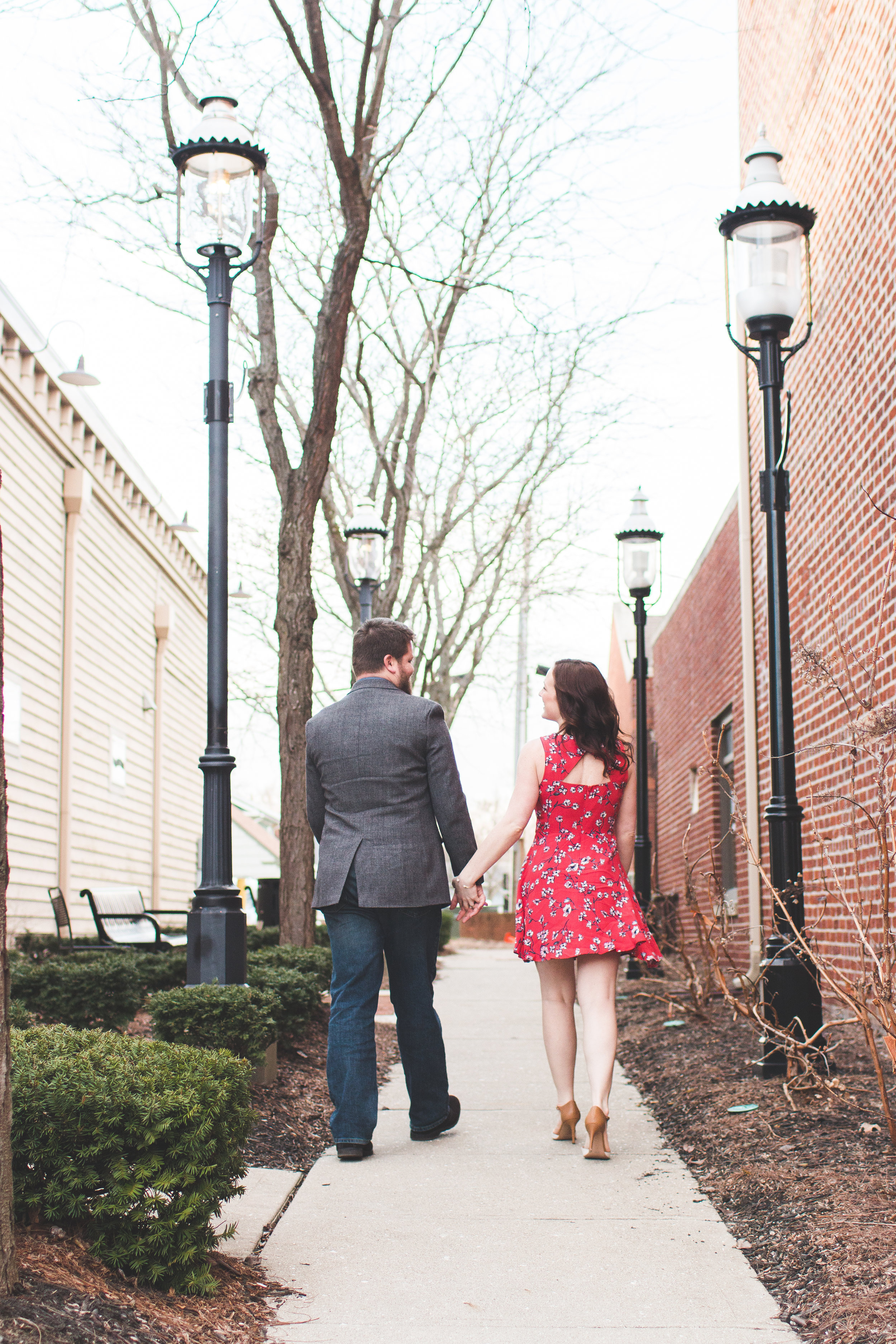 engagement photos in Grove City ohio