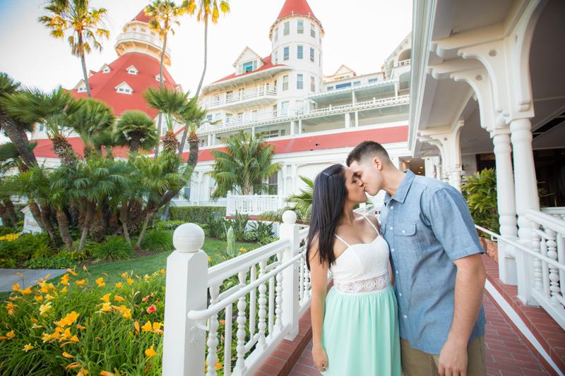 SanDiego-Wedding-Engagement-Photos-MegP-006.jpg