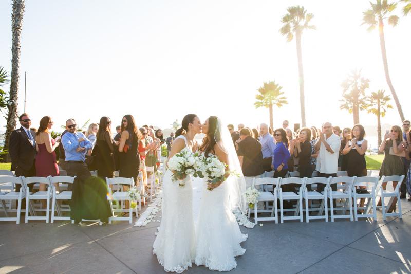 SanDiego-Wedding-JohnnaNic-030.jpg