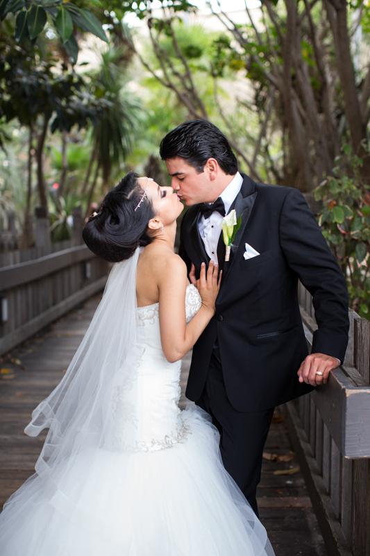 SanDiego-Wedding-ElviraEd-056.jpg