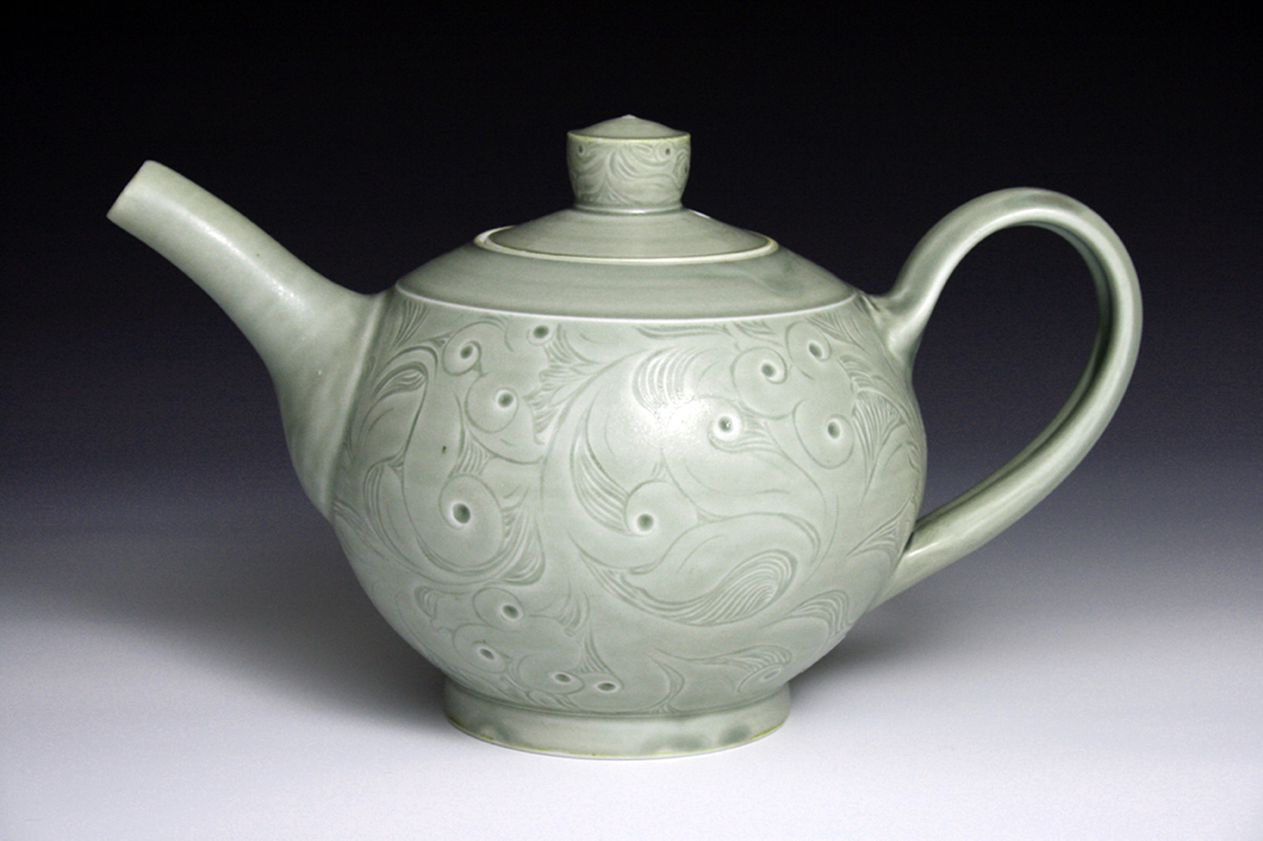 12. Cipala, Autumn_carved teapot.jpg
